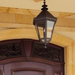 lampa-przed-wejsciem-dodomu-l141